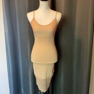 Vanity Fair Shaper dress  lace trim Large